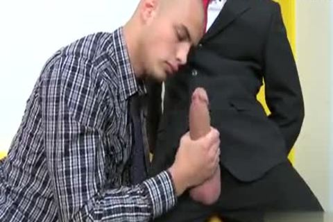 Muscle Cub butthole Creampie