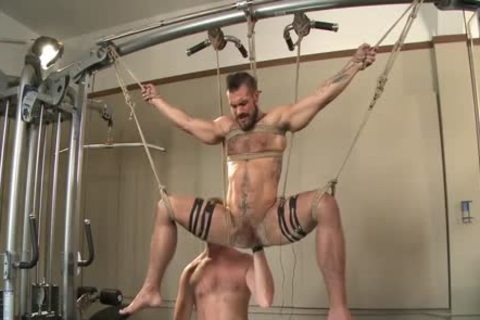 Muscled Gym Rat fastened And Fisted