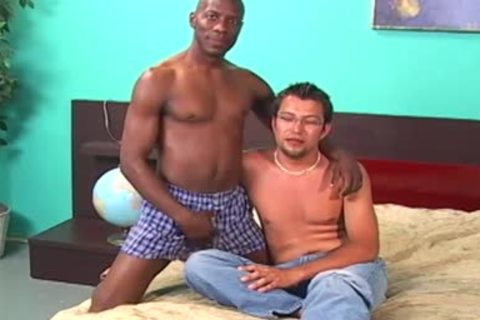 darksome boy Licking And Fingering A White dude