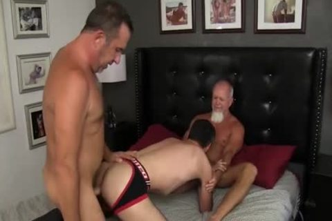 Some wild daddy guys Have A homosexual Threeway fuck