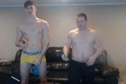 two sleazy Bi boyz Have pleasure And Have jointly A lusty Shower