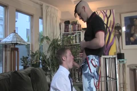 Missionary boy Meets Hung Daddy