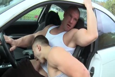 Muscle boys Outdoor Car bang