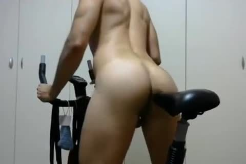 kinky lad Rides His Bike Camshow - Jerkit.net