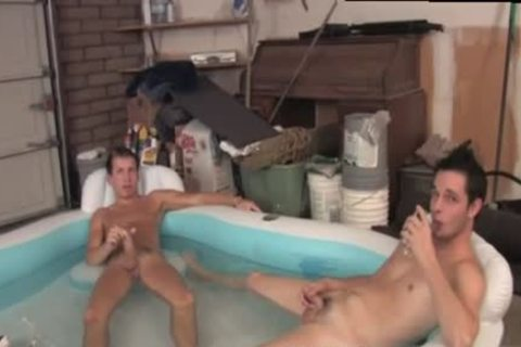 kinky guys Chill In The Pool