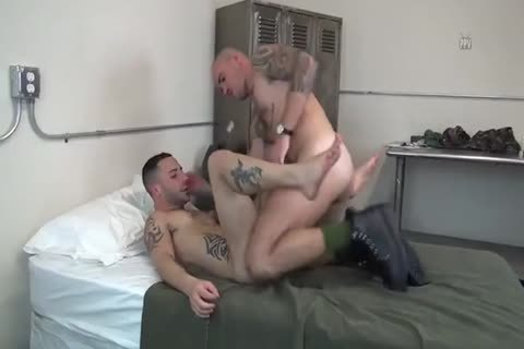 Armylads Fornicating After Tough Day