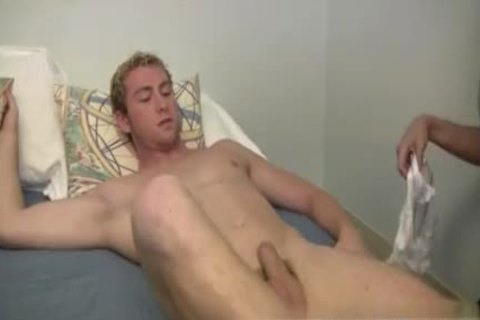 Broken Seal First homosexual Sex images Mr. Hand have a fun