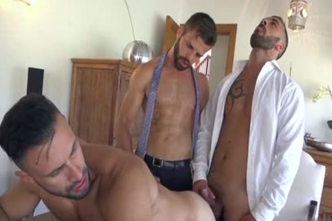 Muscle gays 3some With spunk flow