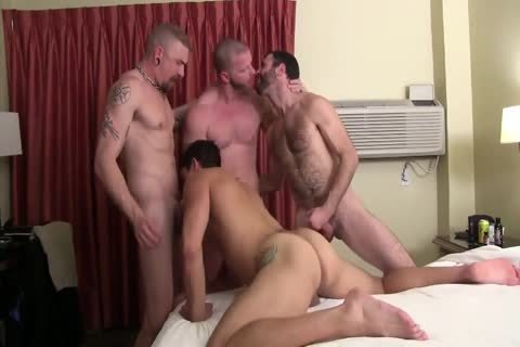 Sweaty Pigs raw Breeding Party