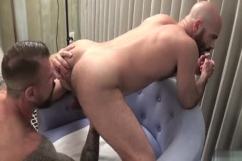 biggest penis gay suck job And cumshot