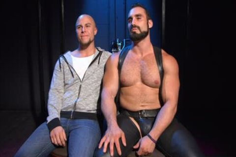 Muscle Bear thrashing And ejaculation