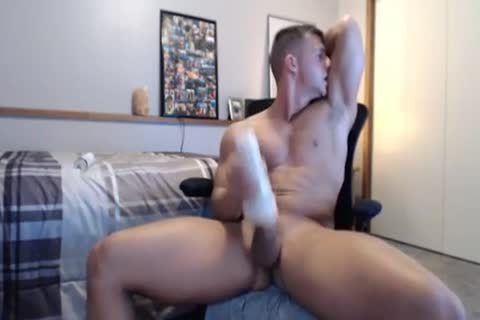 tight Fit nail Gives His Fleshlight A worthwhile fucking