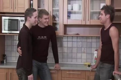 teen dude MEDIA Pissing teen Kitchen 3some