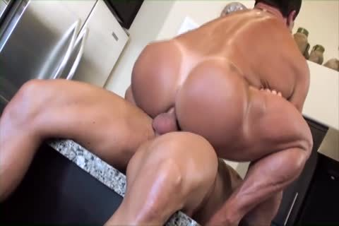 Zeb bonks A meaty Muscle man