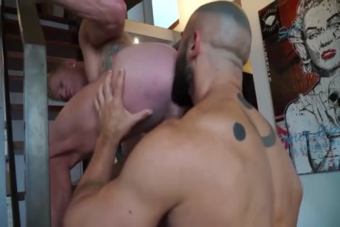 12-16 two Francois Sagat & Johnny V  FF