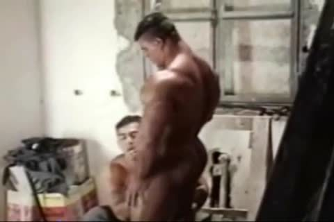 Brasil Bodybuilders large ass fucked By Hunk