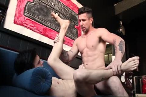 Muscle twink wazoo hammer And cumshot