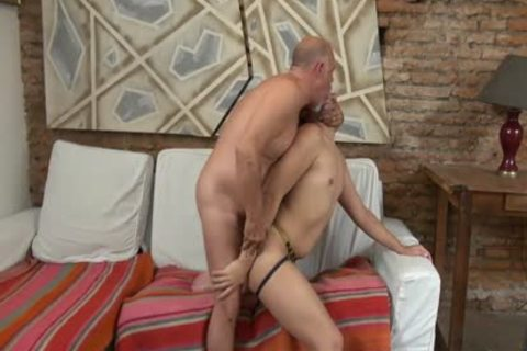 Daddy loves fucking twinks