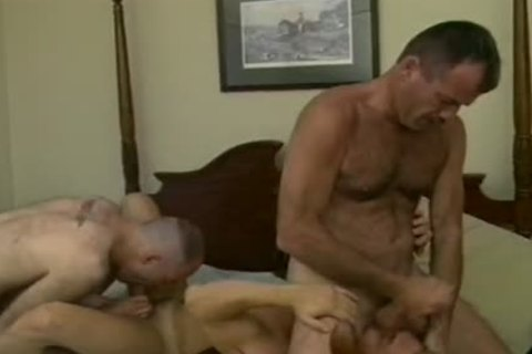 Drew Larson Rides His Loverman\'s Face To enormous O