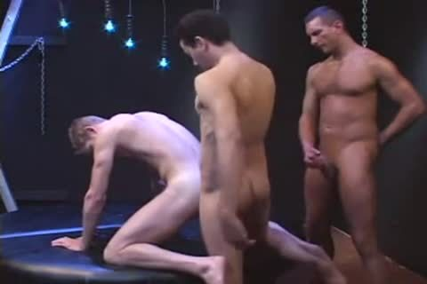PISSING AND slamming AT THE SAME TIME