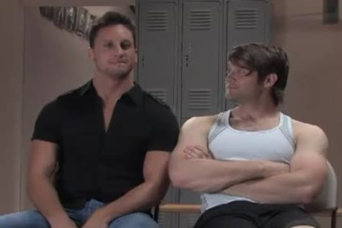 Two Muscle gays thraldom pound In Gym