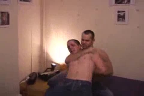 ROOM WRESTLE