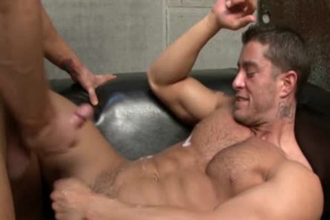 Cody Cummings receives A fellatio stimulation From His Hunk ally