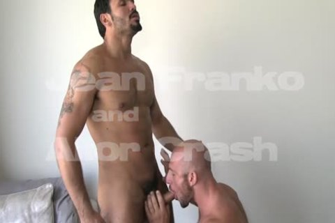 Two gorgeous homosexual males Make The most Of Their booties