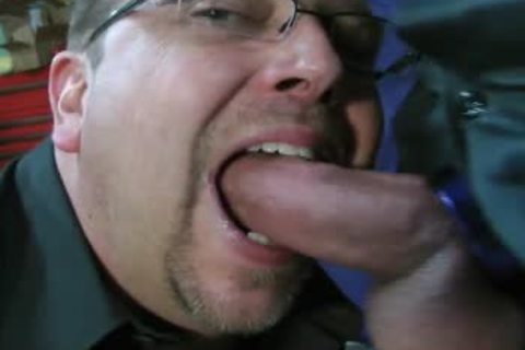 TEN MINUTES OF IN-YOUR-FACE, big, SLOPPY, SLIPPERY, cock-SLURPIN' ALL-MALE oral sex ACTION WITH ROB BROWN.  I'M completely LOVIN' THAT big VEINY PIECE OF dick!