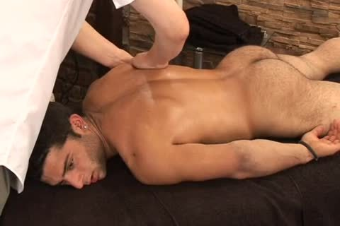 Kris evans bottom bare