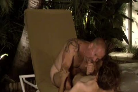 Dilfs engulf 10-Pounder And sperm By The Pool!