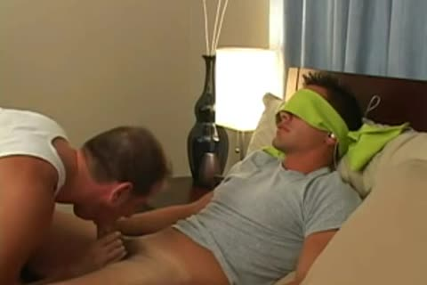 oral sex For Blindfolded dude At daybed