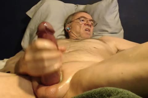 large knob old man long stroke On cam (no cum)