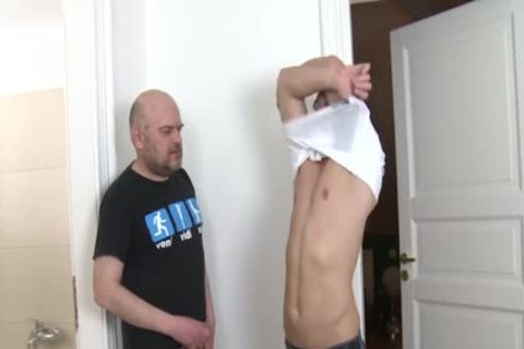 Straight twink Cocksucks older Trick For cash