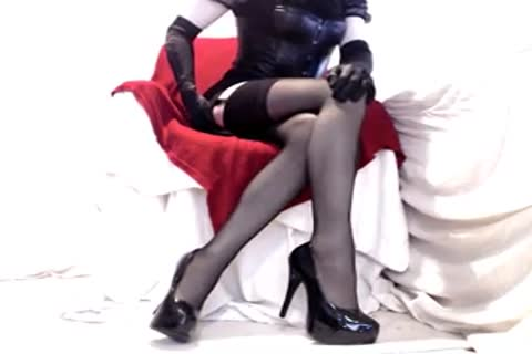 lusty Seamed stockings And Heels