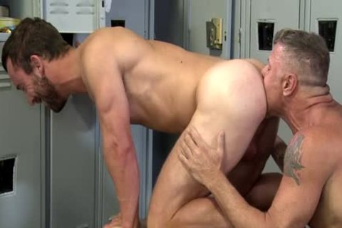 Some hardcore Bears And A boy Acquire Down And yummy In The Locker Room