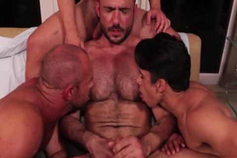 Muscle Son wazoo To throat With cumshot