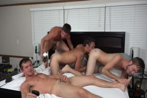 A pair AND TWO allies nailing ON cam