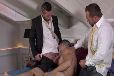 Muscle homosexual 3some With cream flow