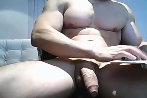 Muscle twink Pulls His large Uncut 10-Pounder