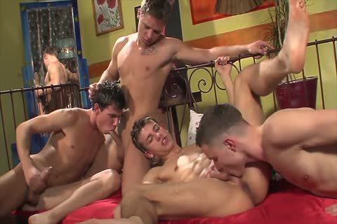 nailing Foursome bare, large knob