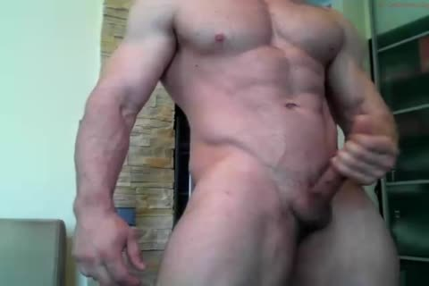 Wowmusclewow 200416 1249 Male Chaturbate.mp4