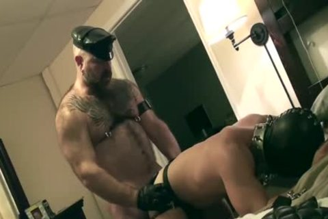 Muscle Bear bonks A Hooded lad raw