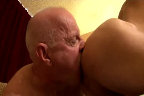 older Daddy pokes Parker raw