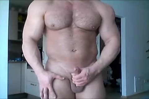 Beefymuscle.com - enormous Russian Cums A Lot