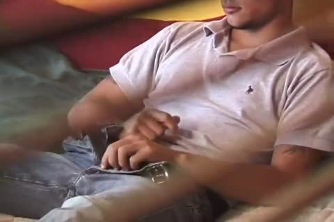Straight boys Caught On Tape 5 - Scene 5