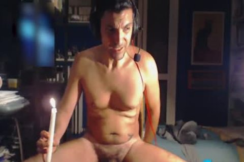 Fetish Gamer Guru Louis Carr Applies leaking kinky Wax On His cock