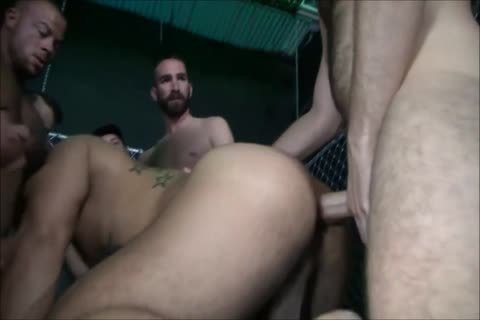 raw - The monstrous gang bang - I