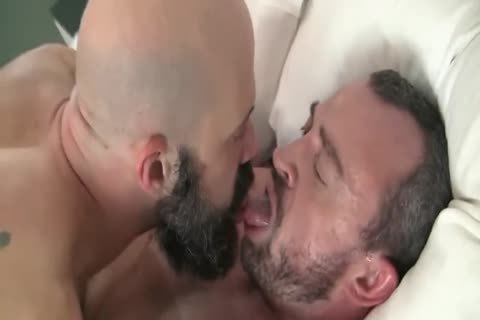 Scott R Enjoys A bare 3some