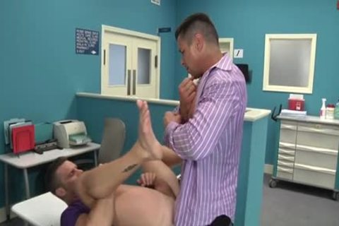 Muscle Doctor butthole job And cumshot